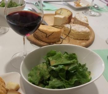 salada and red wine.JPG